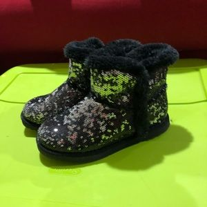 Girls size 13 sequin fuzzy boots